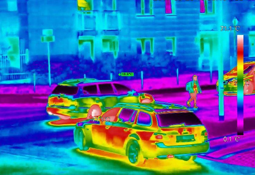 widok z kamery termowizyjnej