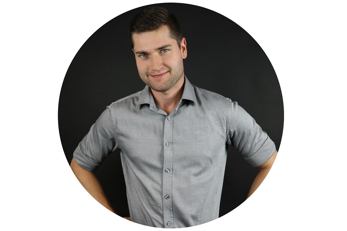 Adam Janiak Janex International